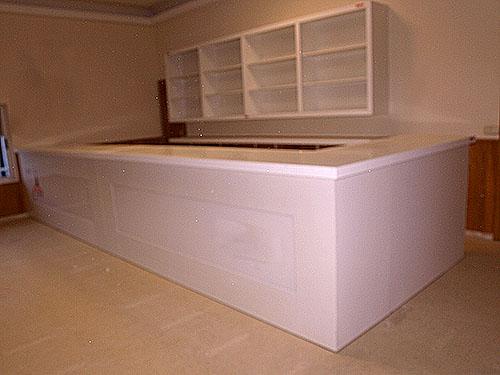 Mobiliario bares melanina blanca