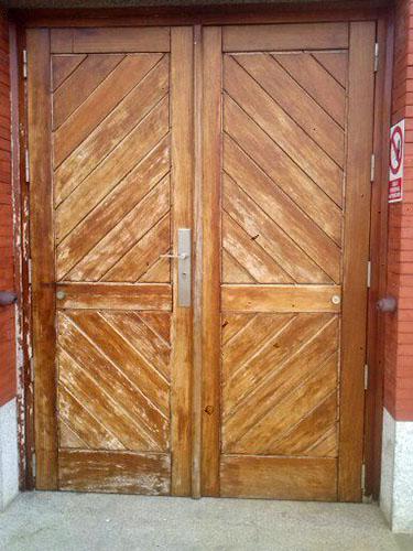 Puerta madera de Iroko
